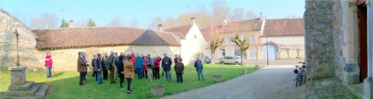 Entrée de l'église de Fleurigny