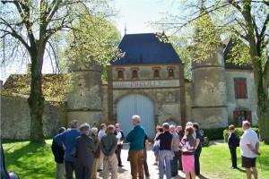 Portail d'entrée du domaine de l'abbaye de Preuilly